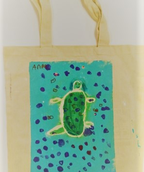 Anna_s Sea turtle Tote.jpg