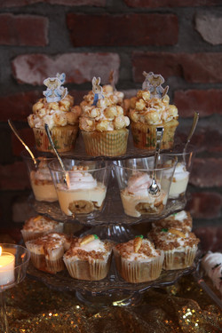 Cup cakes at LIC Weddings