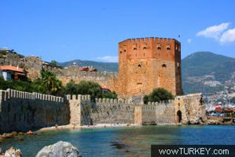 k_yavuzyel_red_tower_alanya.jpg