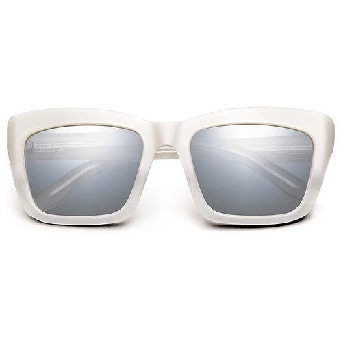 Bonnie: Polished Ivory Fade / Light Blue Chrome Flash Lens