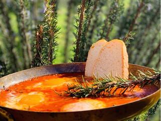 Chef Gianluca Deiana Abis: Uova al Tegamino con salsa al pomodoro