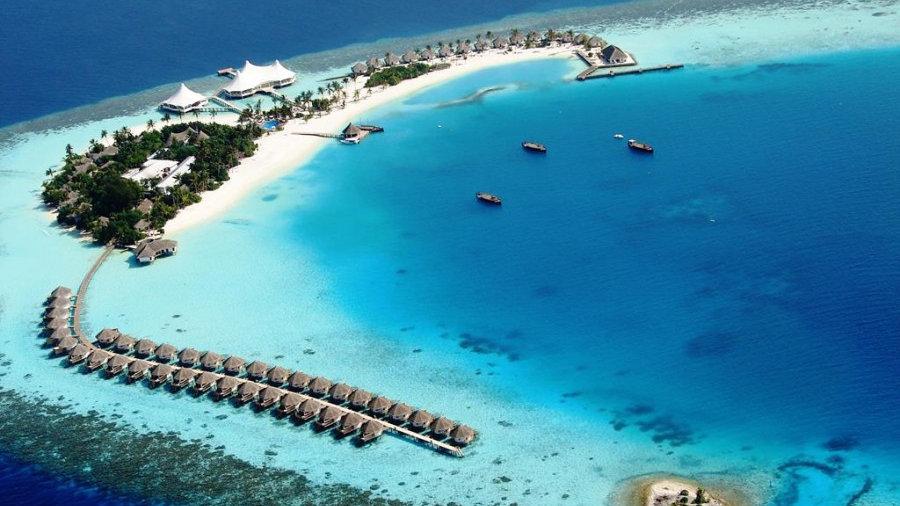Safari Island Resort & Spa 4*