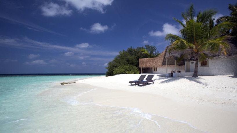 Bathala Island Resort  3*
