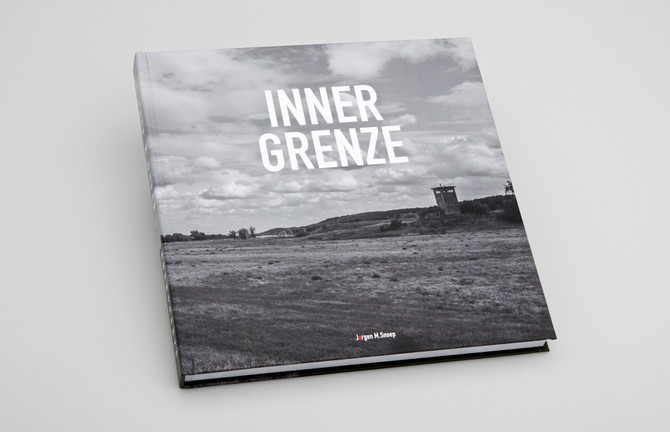 "New Coffee Table Book: ""INNERGRENZE"""