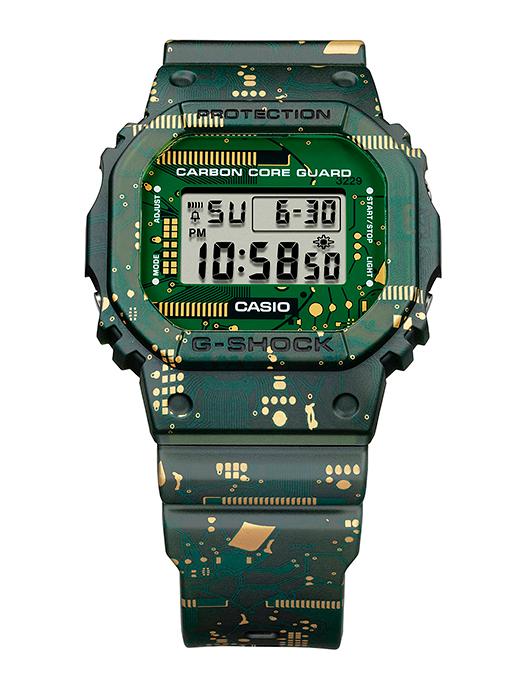 Vista principal reloj novedad carbon core guard modelo DWE-5600CC-3