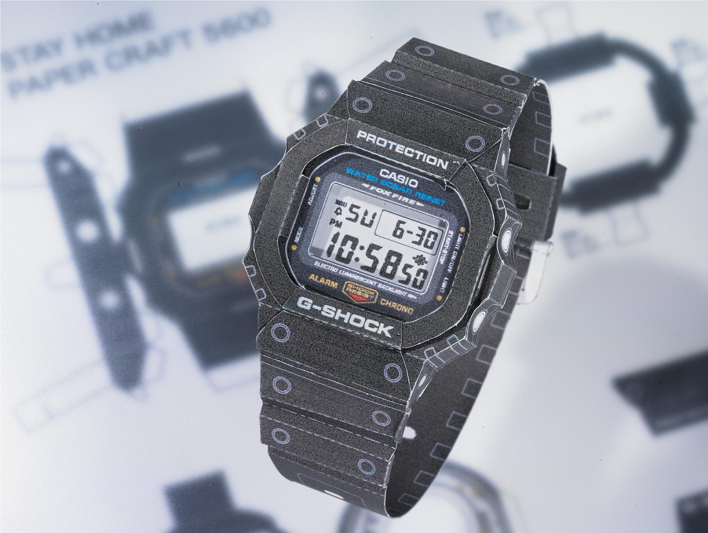 Detalle reloj de papel Casio DW5600 realizado en papiroflexia
