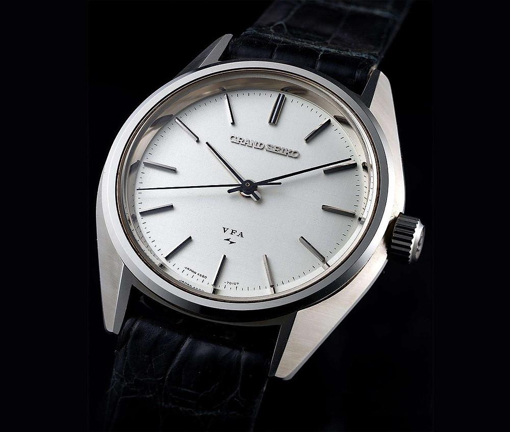 primer reloj marca grand seiko 1960 manufacturado por daini seikosha calibre 3180