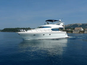 Horizon Yacht Elegance 54 / 2005 / 16,5m / 1.460 CV / Oportunidad!