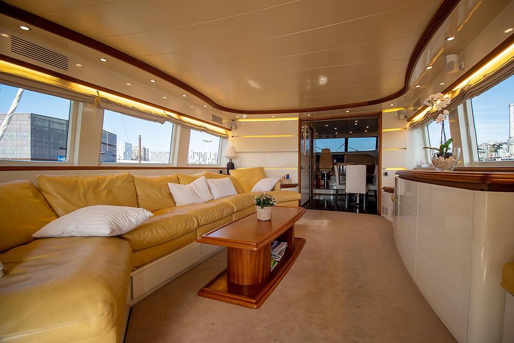 Detalle interior embarcacion yate Maiora 26 de ocasión
