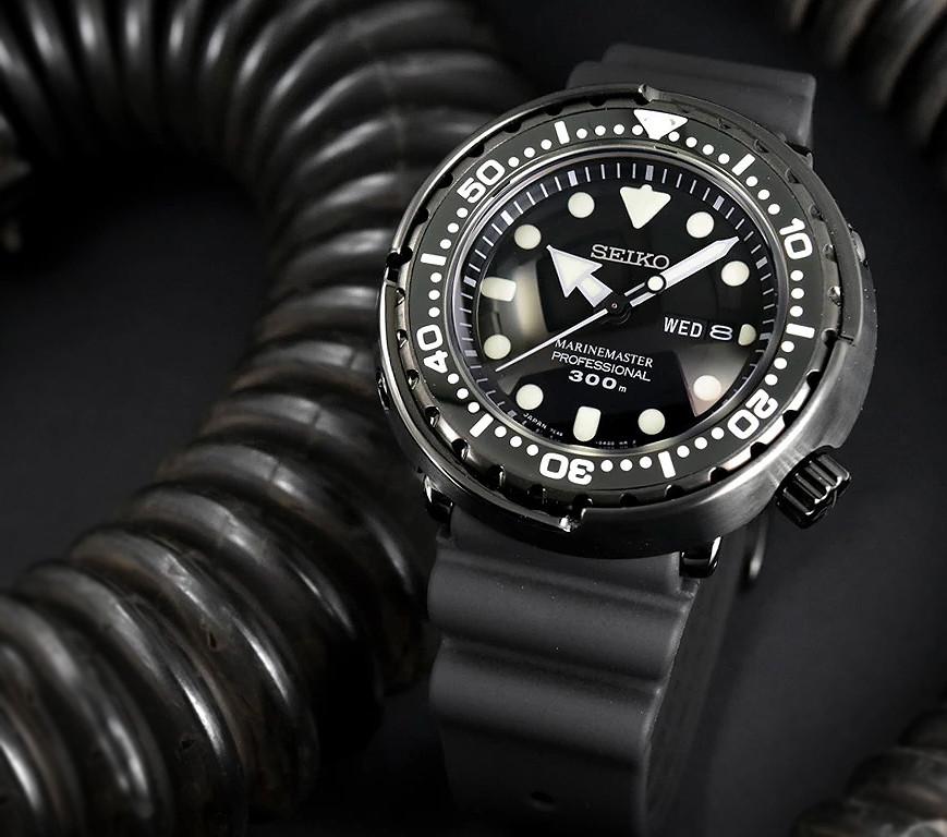 reloj diver's Seiko prospex black ninja tuna sbbn035