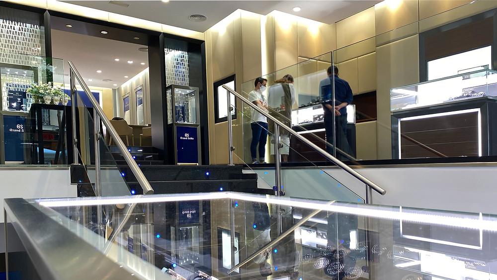 Vista general nueva tienda relojes japoneses en calle Ayala 15 de Madrid