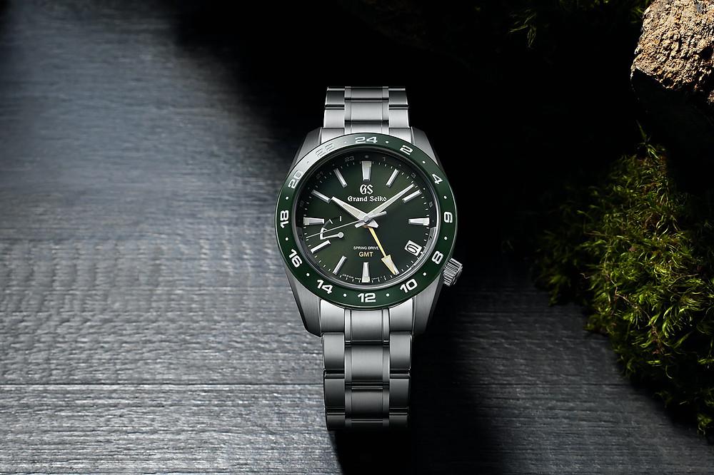 reloj-grand-seiko-gmt-bisel-ceramico-verde-SBGE257G
