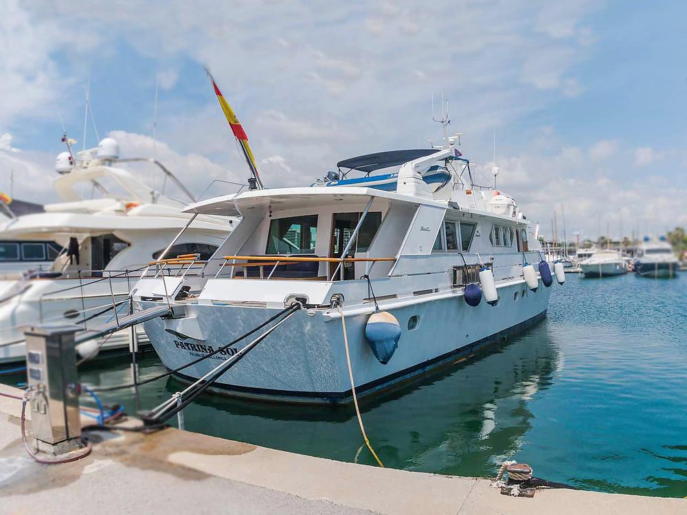 sala maquinas embarcacion gran eslora Benetti 26 D refit 2015