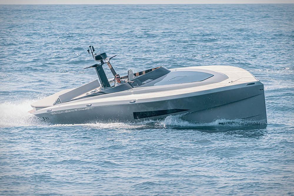 Novedad 2021 yate 12m Say Carbon con velocidad 50 knots