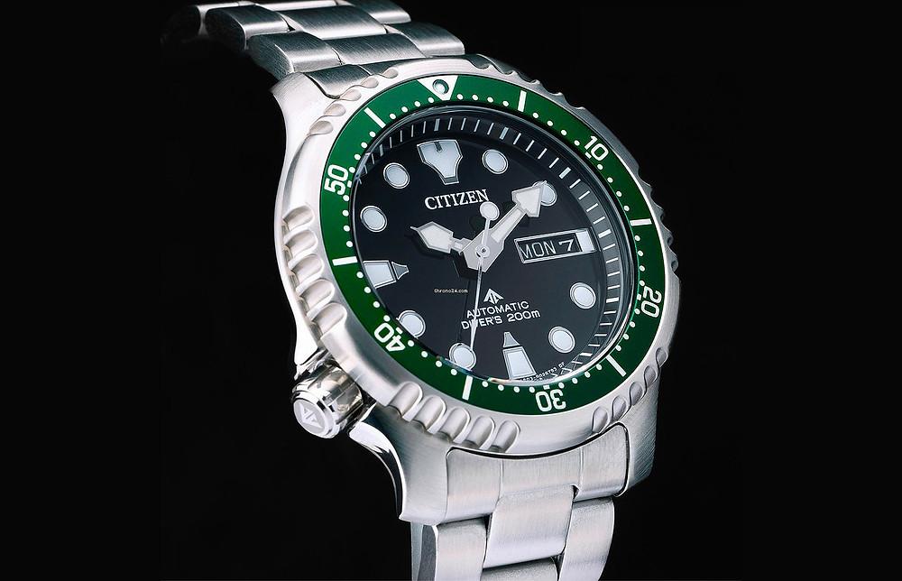 citizen-reloj-promaster-automatico-acero-bisel-verde-NY0084-89E