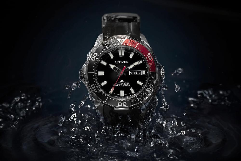 reloj NY0076-10EE Citizen automatico y de titanio para buceo