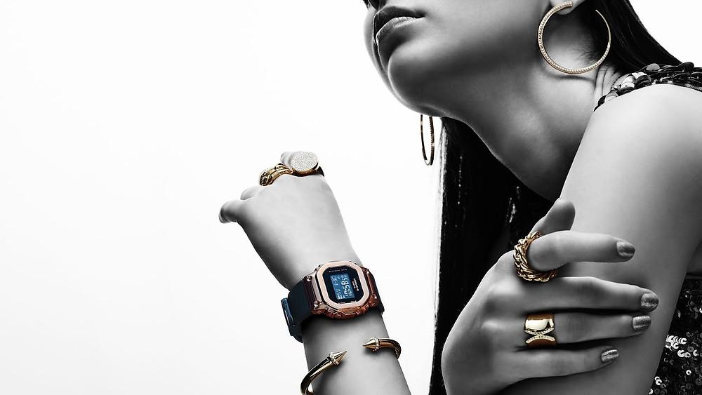 reloj para ella digital bisel metalico novedad 2020 modelo G-Shock GM-S5600PG
