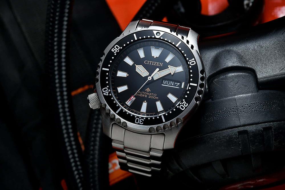 Impresionante reloj Citizen 200M automatico divers ref. NY0094-85E