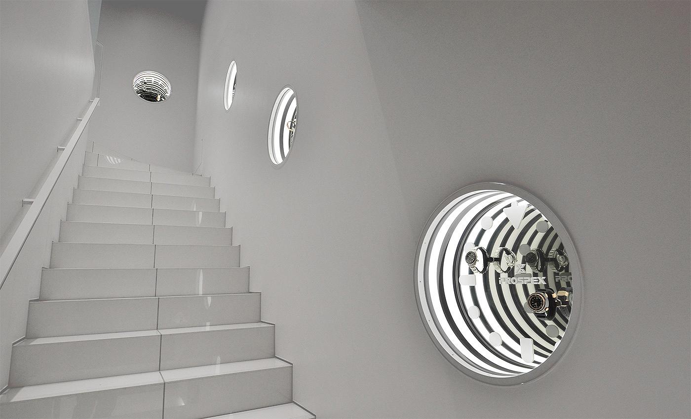 Escaleras hacia relojes Prospex en la Seiko Dream Square de Ginza