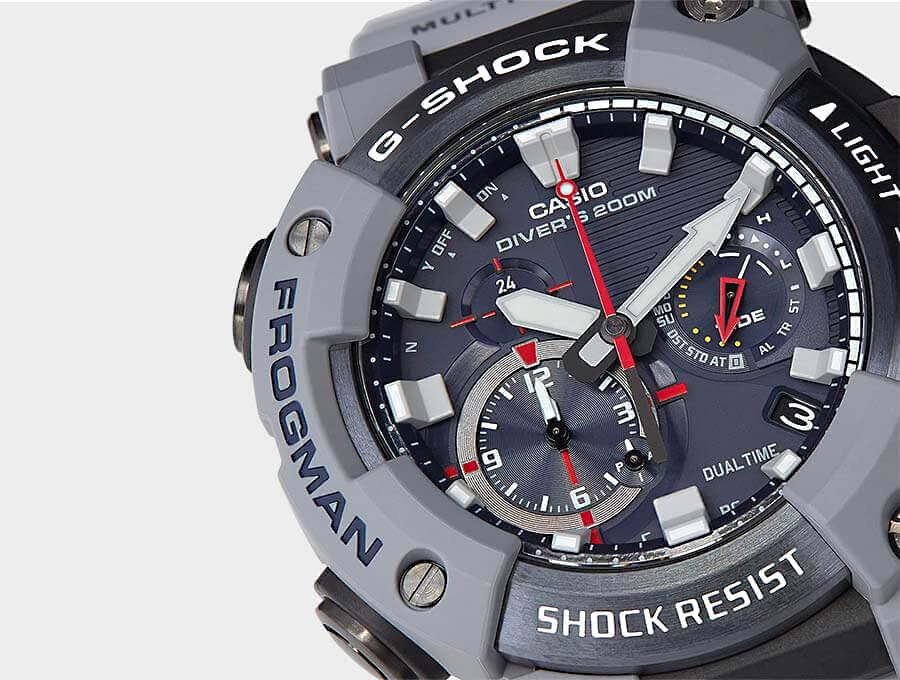 Detalle esfera reloj Frogman Royal Navy edicion limitada gwf-a1000rn-8aer