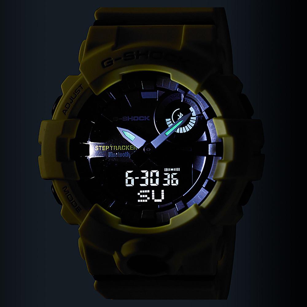 detalle esfera iluminada reloj gba-800 para deportistas