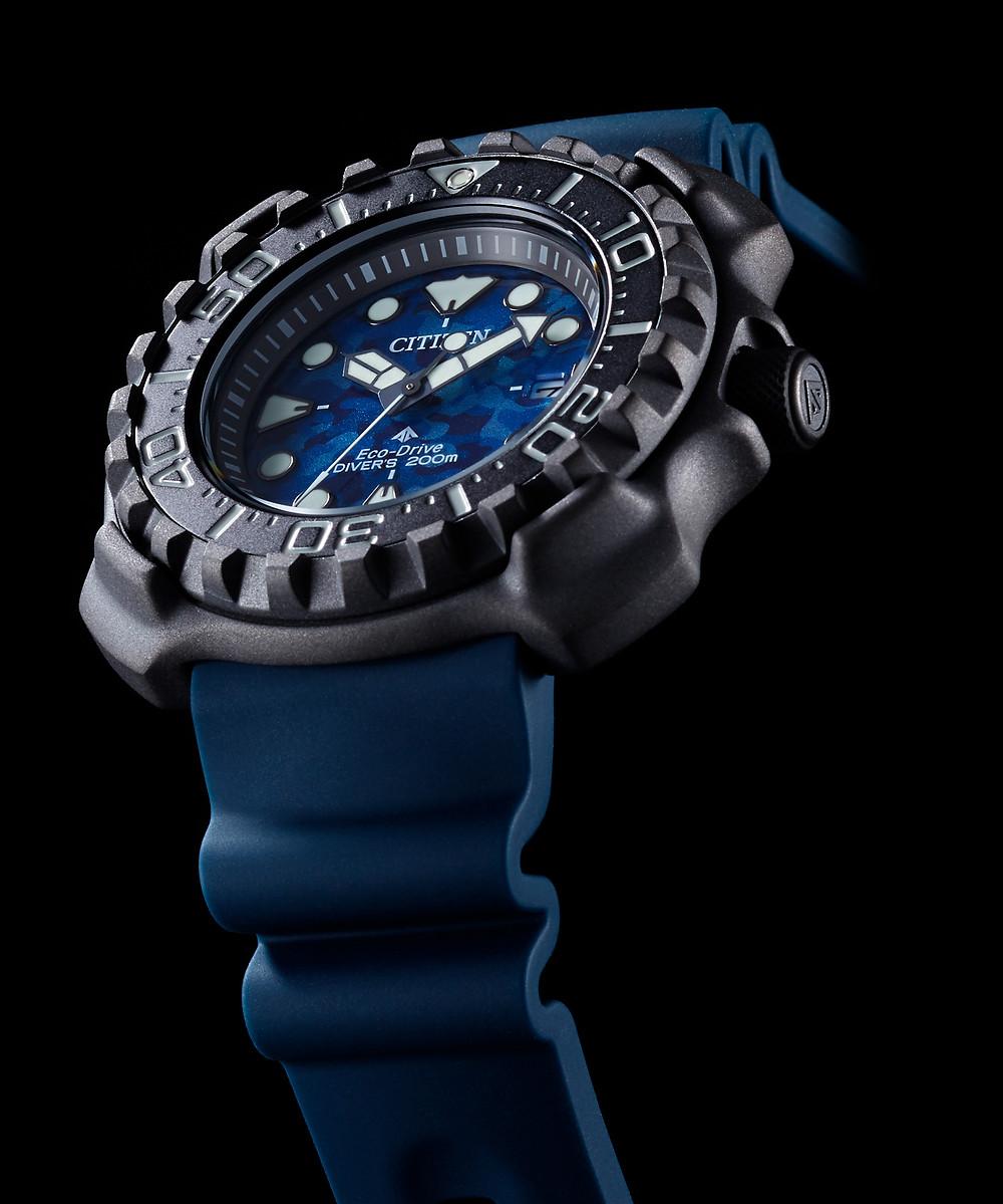 BN0227-09L detalle reloj promaster 2021 caja super titanium modulo ecodrive sumergible 200 metros