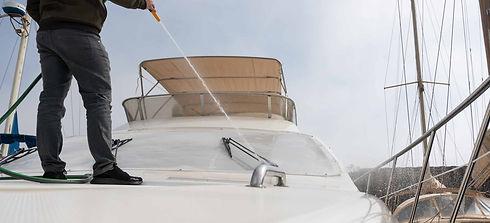 servicio mantenimiento y limpieza barcos