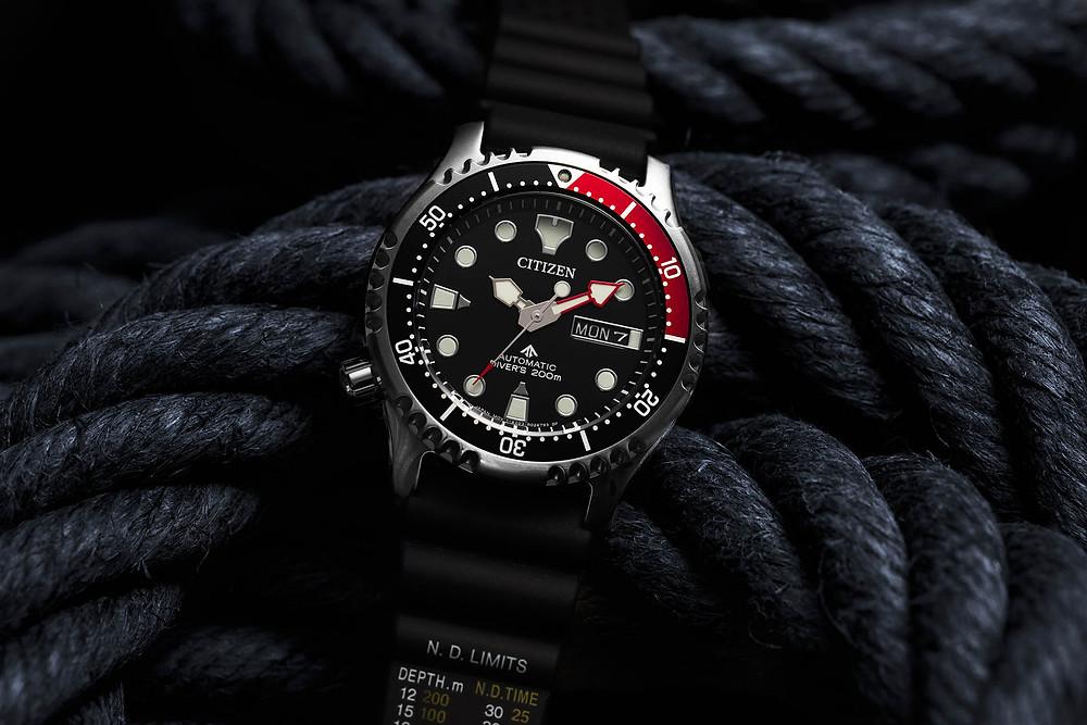 reloj Citizen submarinismo modelo ny0085-19e automático 200M