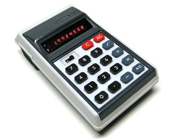 """Primeras Calculadoras """"miniaturizadas"""""""
