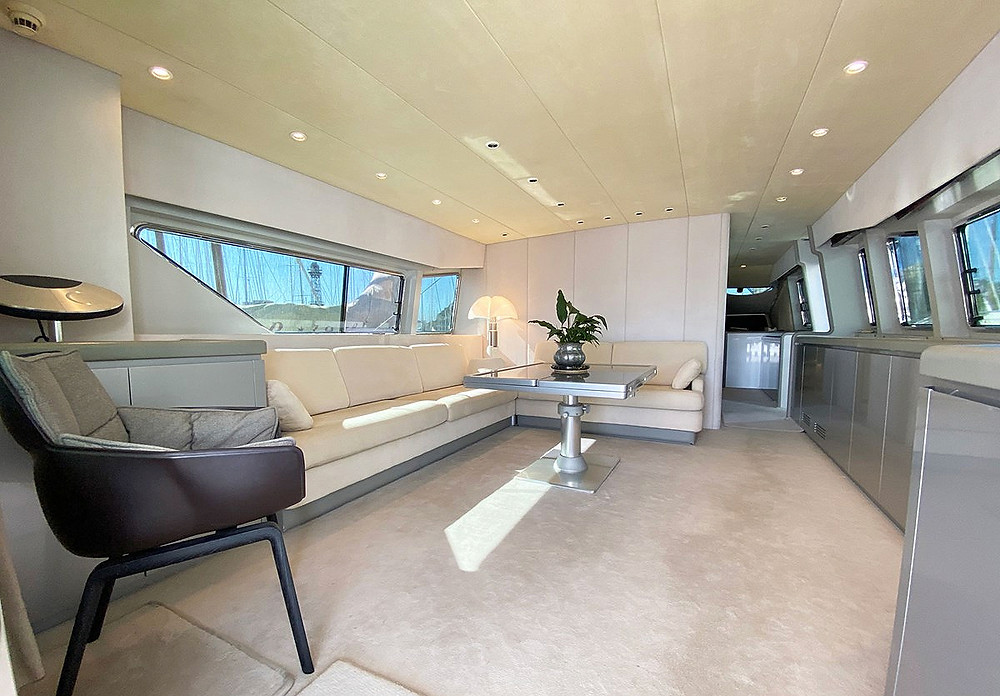 detalle interior yate 25m Viudes 83 refit completo 2019 ocasion unica precio excepcional
