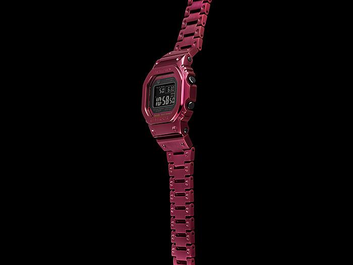 GMW-B5000RD-4-vista-lateral-reloj-full-metal