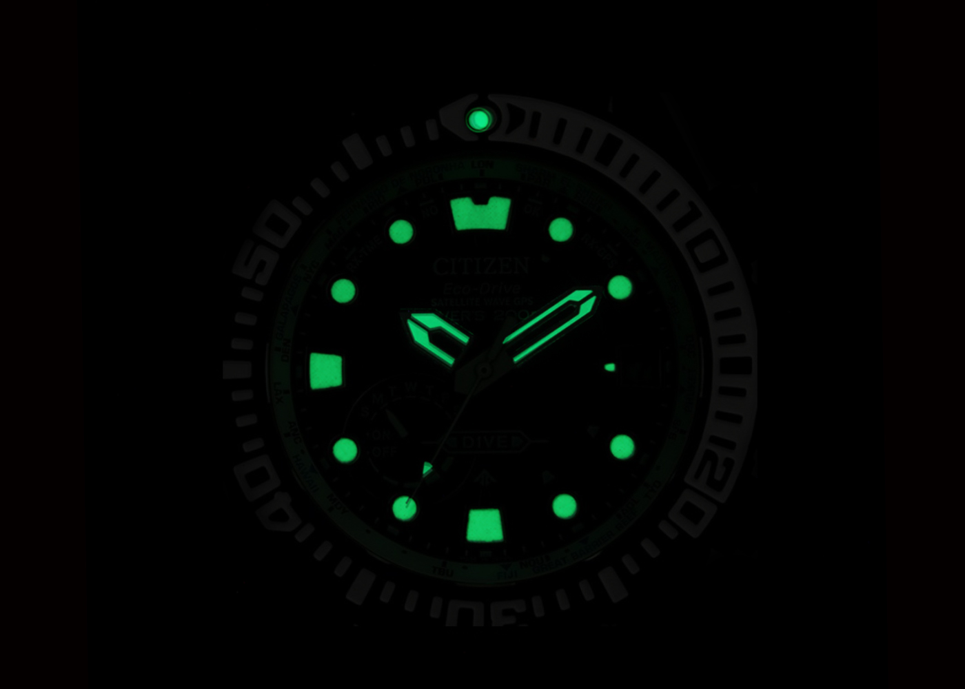 Detalle luminova Citizen promaster modelo cc5006-06l