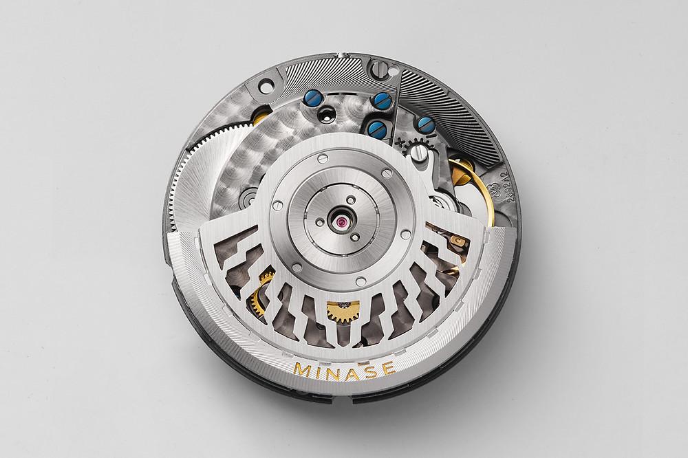calibre automatico kt7002 de manufactura minase japon