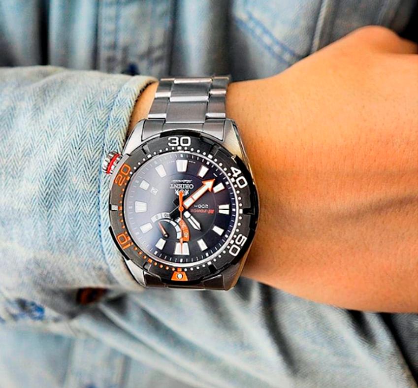 Orient, reloj de buceo moderno y automático M-Force