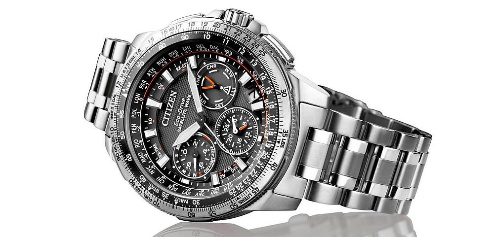 """Citizen reloj gps de titanio y carga solar SKY PREMIER """"NAVYHAWK"""" CC9020-54E"""