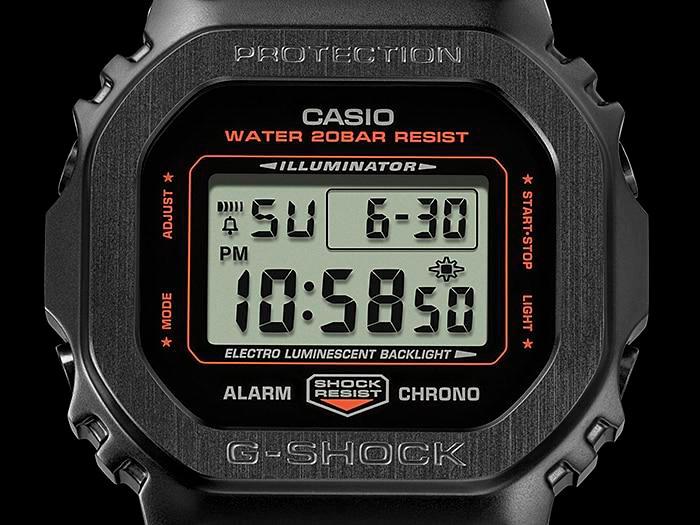 Porter G-Shock GM-5600 detalle esfera lcd