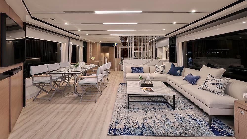 detalle amplio salon embarcacion gran eslora horizon yacht fd75 2020