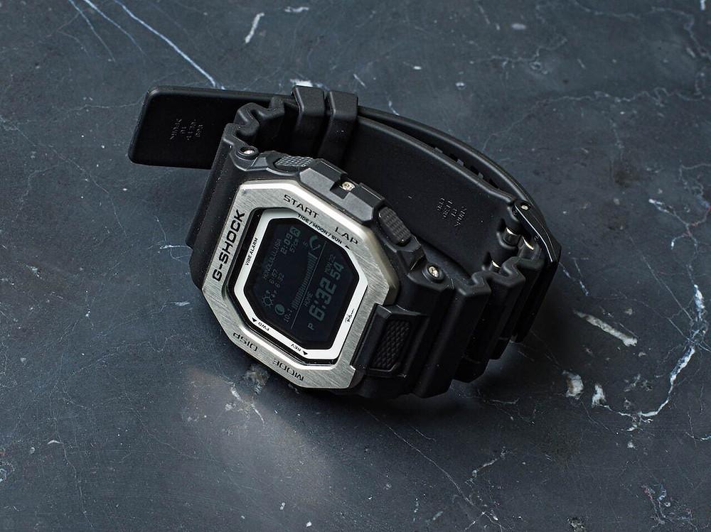 Reloj G-Shock Glide edicion limitada 2021 Ron Herman GBX100CS