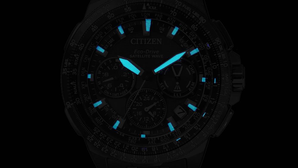 Detalle lumen lumibrite reloj citizen sky premier gps CC9025-51E