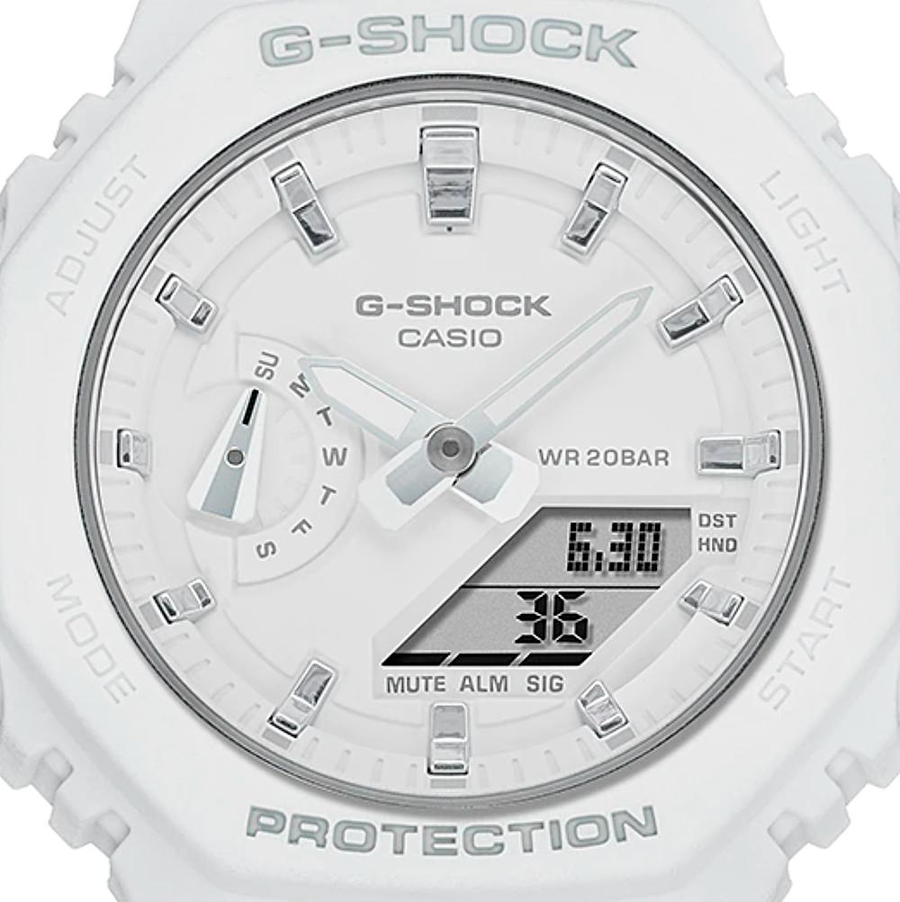 Detalle reloj G-Shock para chica blanco GMA-S2100-7A