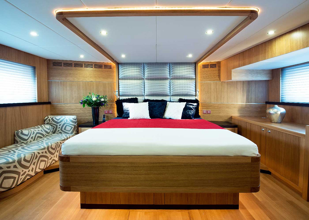 yates de lujo gamma yachts personalizables importador exclusivo España y Portugal Sent-Yacht