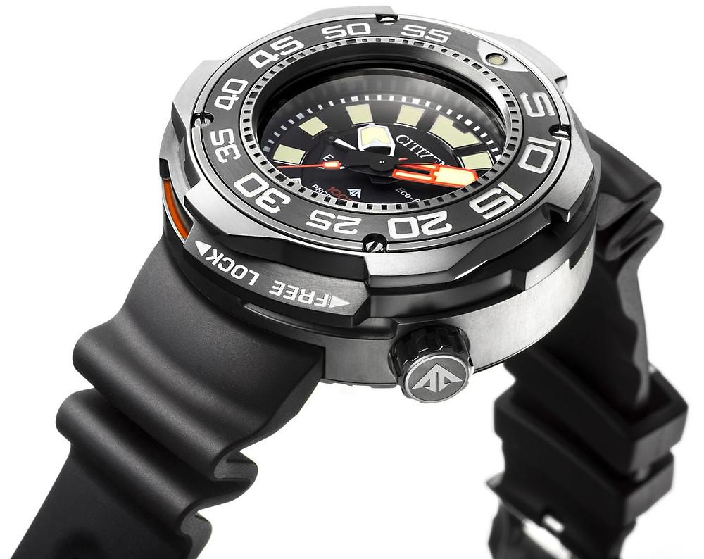 citizen reloj diver's impresionante bestia BN7020-09E