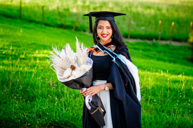 Graduation photo Rimli portrait