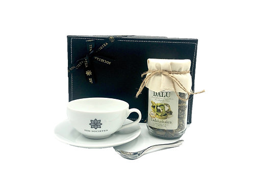 Ladaluchakra Tea Set