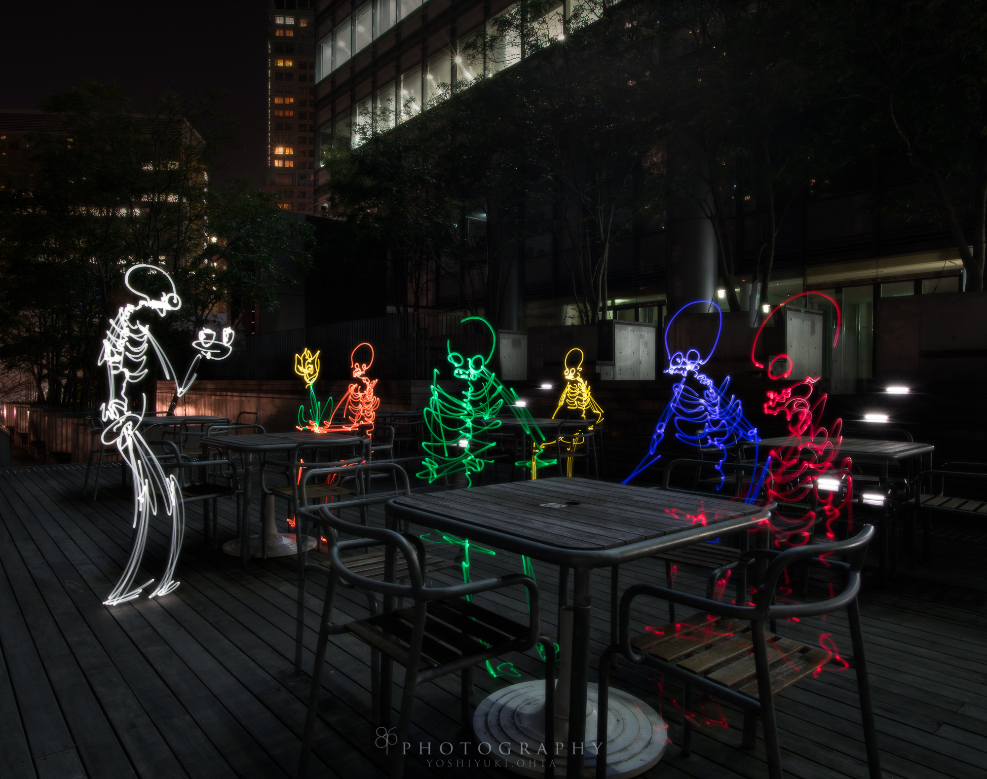 light paint in cafe