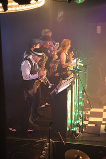 Kal's Kats - vintage swing band perfect for weddings, corporate events and Parties