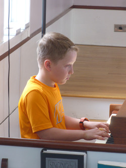 10 year old pianist