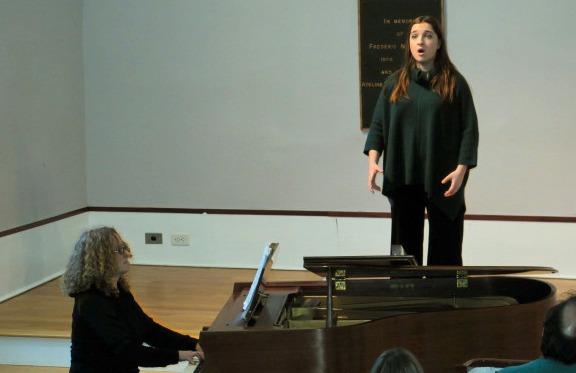 Soprano Olivia Vincenza Di Bari