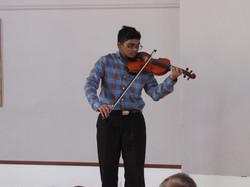Nikith - violin