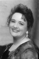 Sept 16th, 2018 / 5th Season Opening / Featured Guest Singer Joan Kirchner